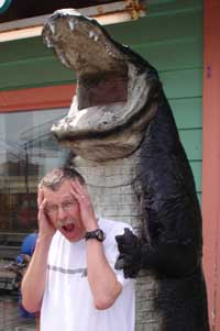 Huge alligator grabbing Pat, WA0TDA