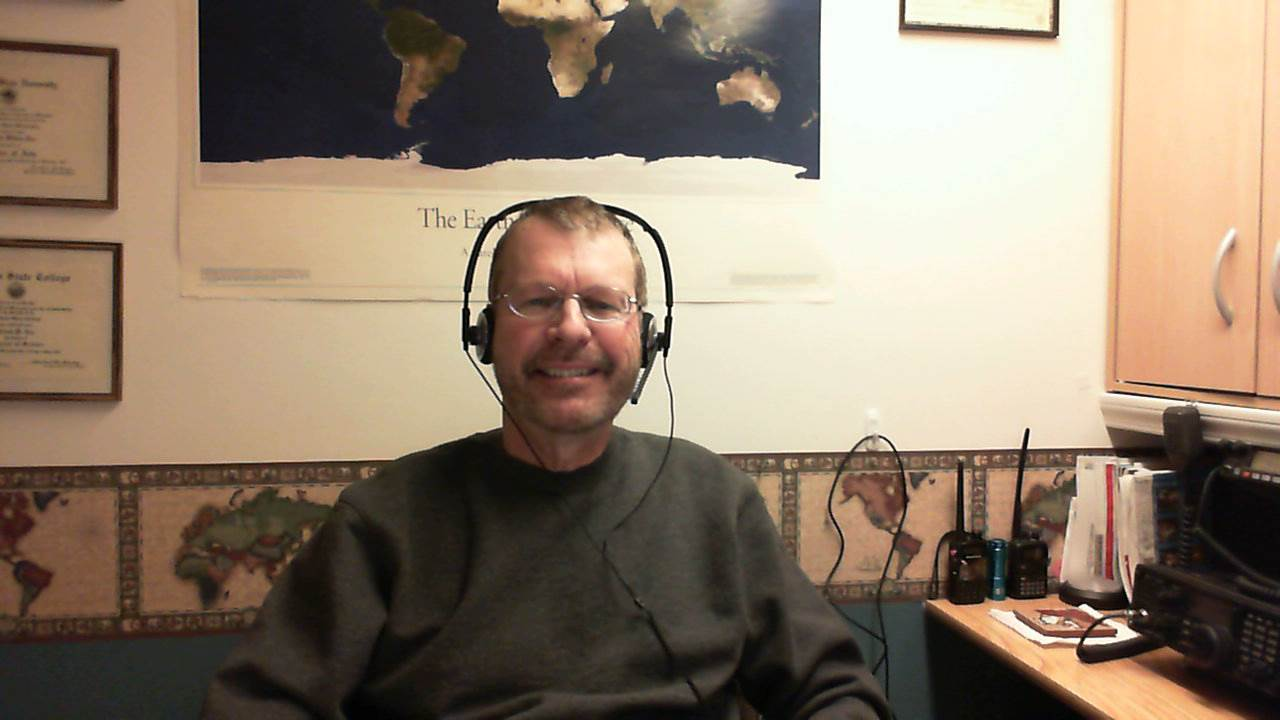 Pat shows off his new Plantronics USB headset!