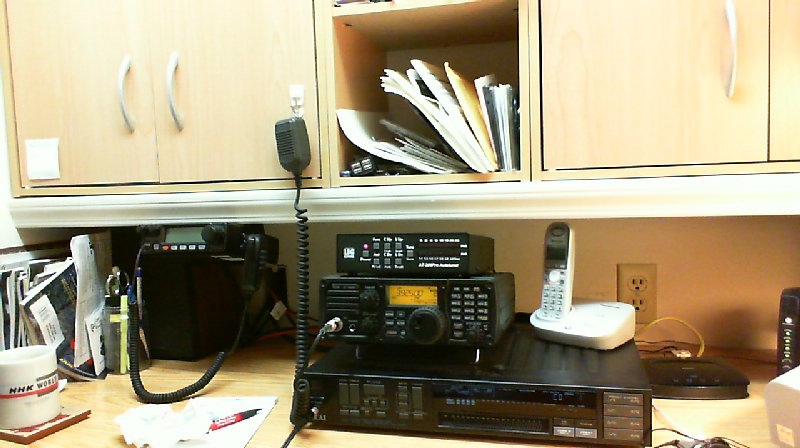 View of IC-7200 and other gear on the WA0TDA operating desk