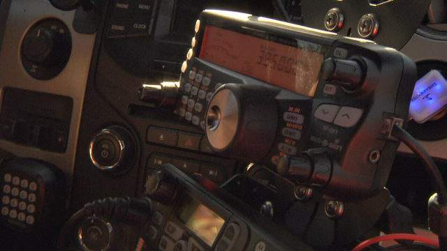 Photo of HF ham radio.