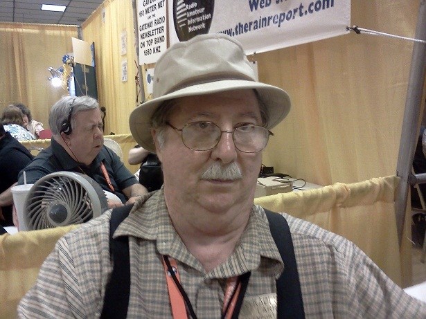 Larry Huggins, KA0LSG, Handiham volunteer.
